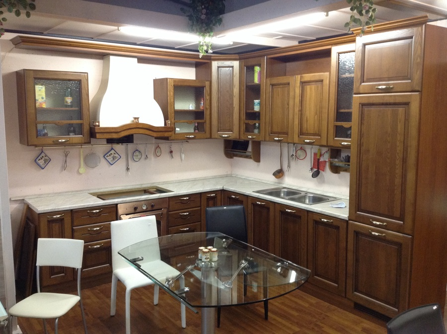 Foto cucine di mobili amicarelli di amicarelli daniele for Offerte cucine trento