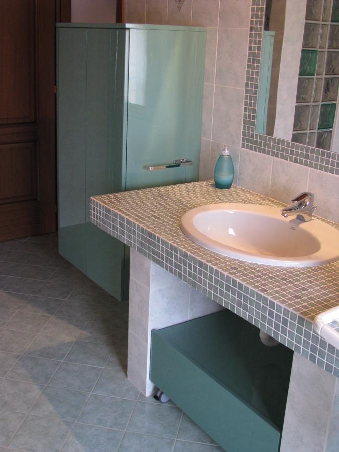 Mobili bagno laccato lucido - su misura