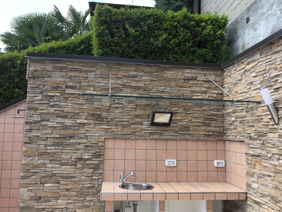 Foto: Realizzazione Cucina Esterna In Muratura e Tettoia In Vetro ...