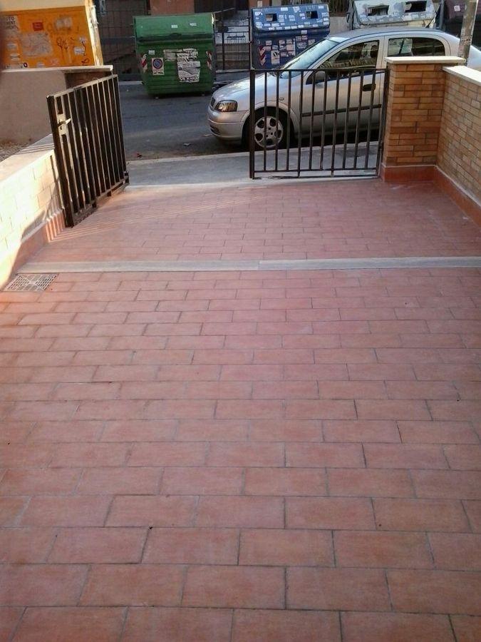 Foto montaggio pavimentazione definitiva di edil gm - Piastrellisti a trieste ...