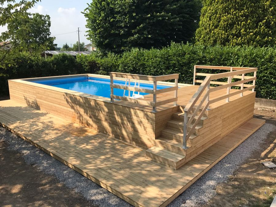 Foto piscina fuori terra rivestita in legno di larice - Rivestimento piscina fuori terra ...