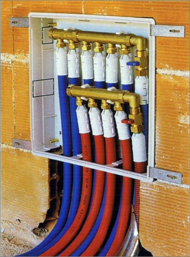 Foto: Impianto a Centralina di Ristrutturazioni Bagno ...
