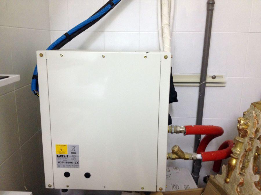 Foto impianto di climatizzazione ad acqua de acquaclima e for Impianto climatizzazione
