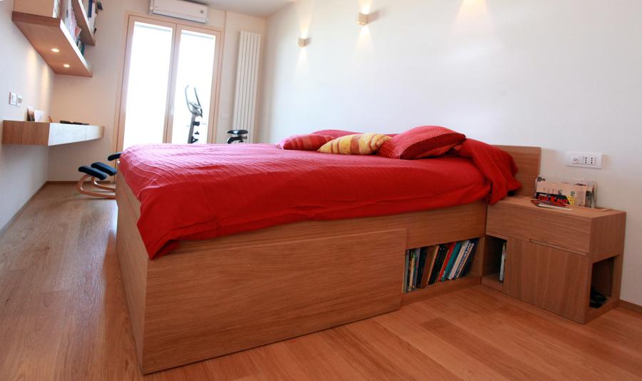 Foto la camera matrimoniale letto su misura di studio di - Letto matrimoniale su misura ...
