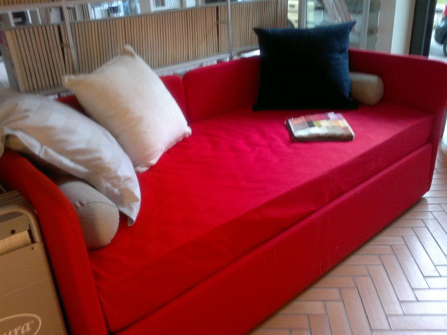 Foto letto divano doppioletto di avanguardia arredamenti - Divano letto pisa ...