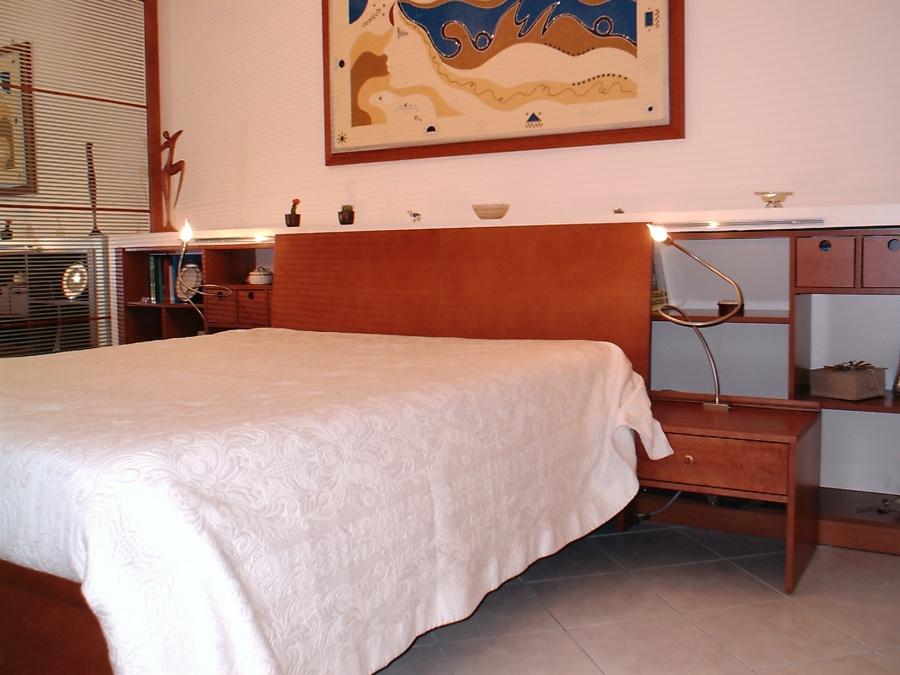 Foto letto moderno in legno di matteo tricarico ditta - Letto moderno legno ...