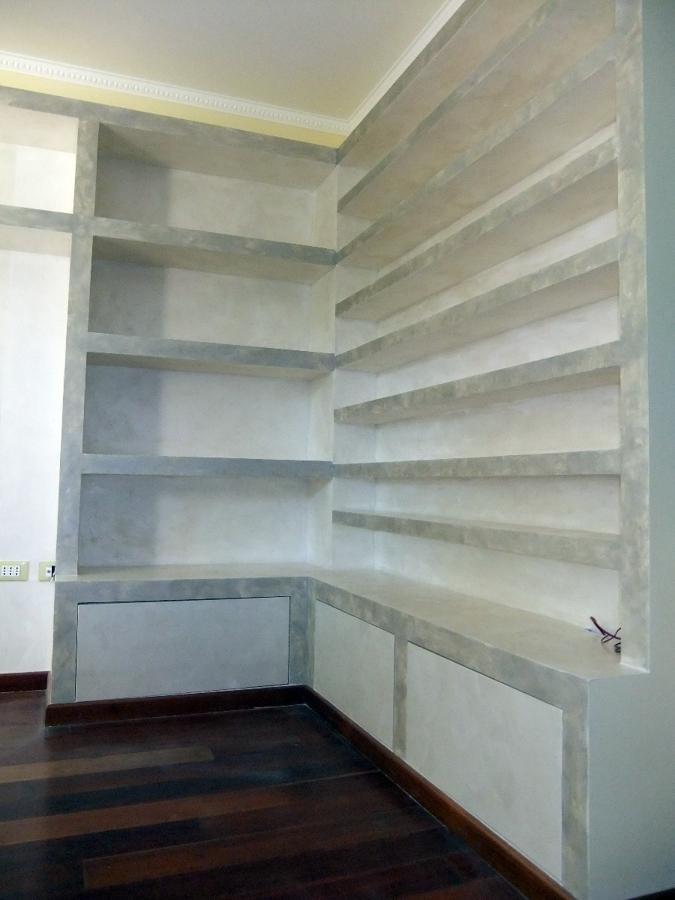Foto libreria porta cd angolare in cartongesso con for Piccole librerie in legno