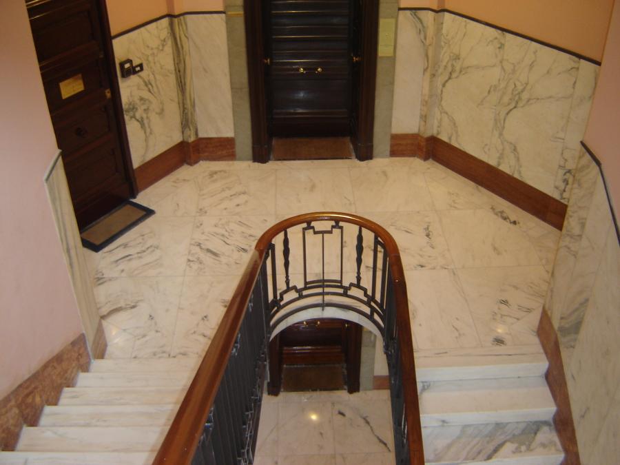 lucidatura scale in marmo candoglia