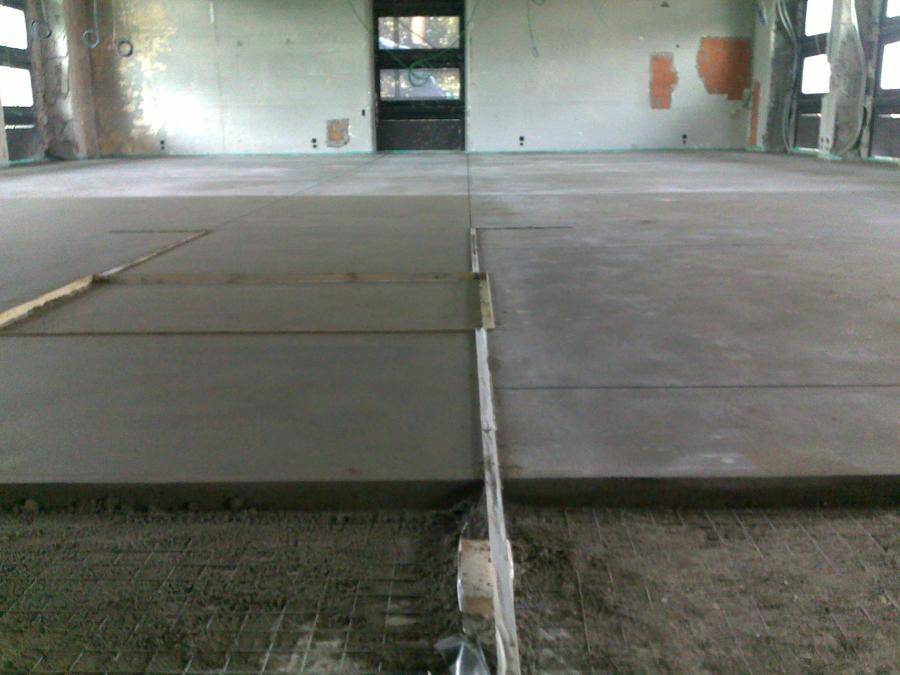 Foto massetto di finitura di sabbia e cemento tipo topcem - Massetto sabbia cemento proporzioni ...
