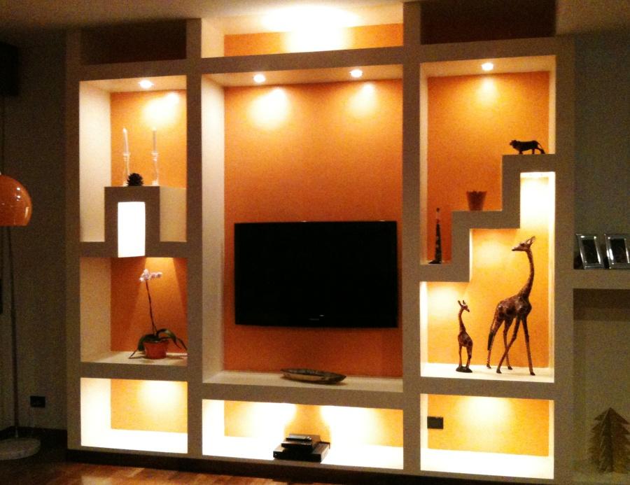 Foto mobile in cartongesso soggiorno di impresa edile for Mobili soggiorno particolari