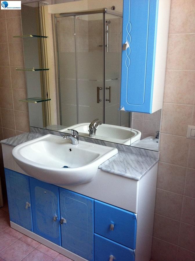 Foto mobili bagno de mangini manutenzioni 64687 habitissimo - Mobili bagno modena ...
