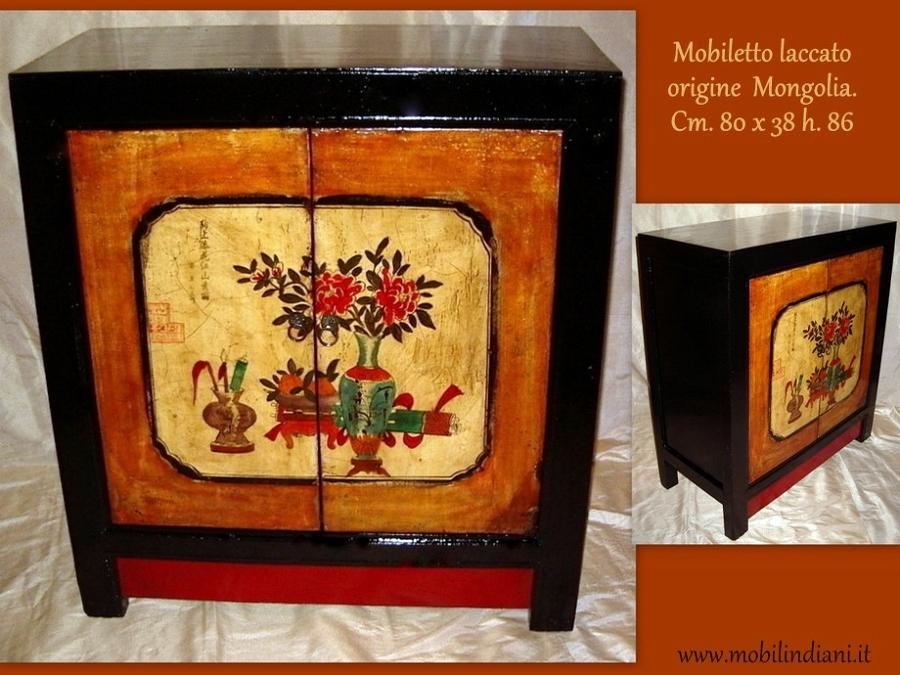 Foto mobili mongoli laccati lucidi e restaurati di mobili - Mobili laccati lucidi graffiati ...