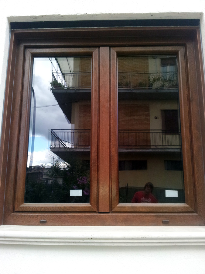Foto montaggio finestra pvc di h al installazioni 151468 habitissimo - Montaggio finestre pvc ...