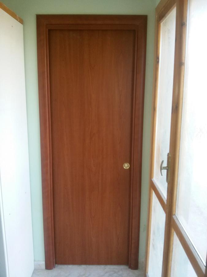 Foto montaggio porte scrigno de ditta individuale - Montaggio porta scorrevole scrigno ...