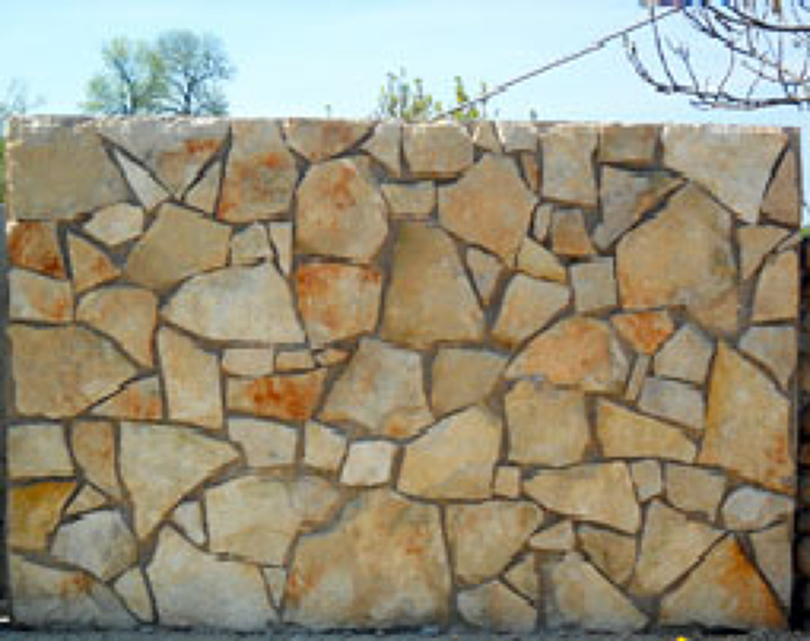 17. muretto pietra naturale