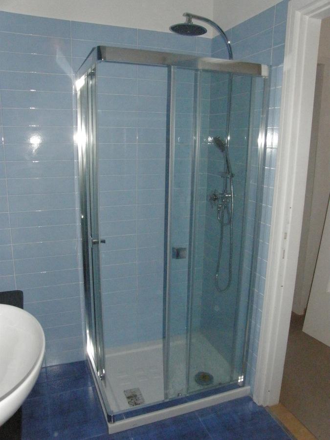 Foto bagno 2 lato doccia di non solo edile 164175 habitissimo - Non solo bagno livorno ...