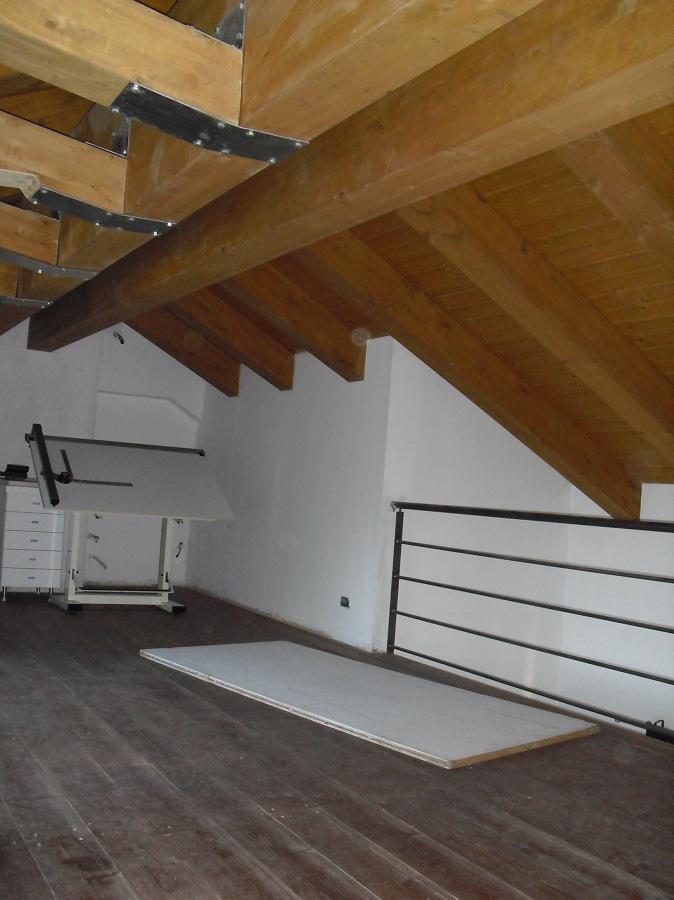 Foto nuova copertura in legno lamellare di architetto for Soppalco in legno lamellare