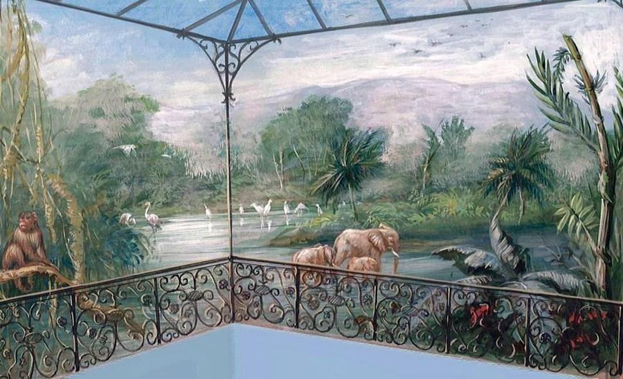 RUFFINI DECORAZIONI: paesaggio esotico per piscina interna