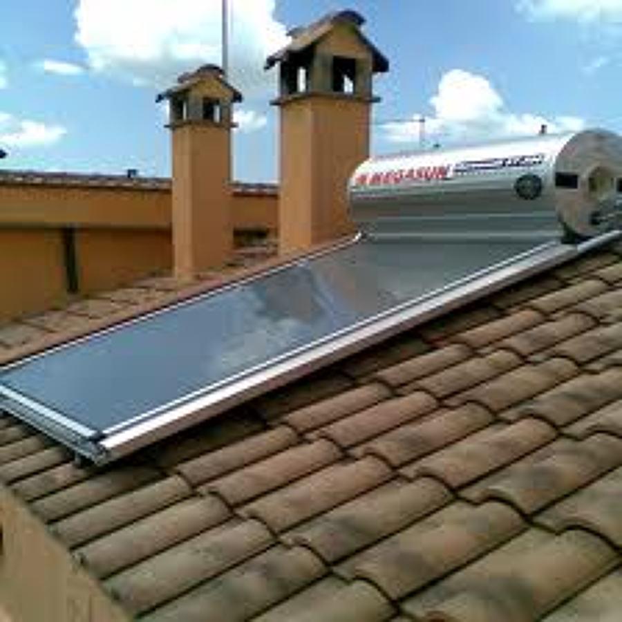 Foto pannello fotovoltaico di gianluca squillace 206826 for Serbatoio di acqua calda in plastica