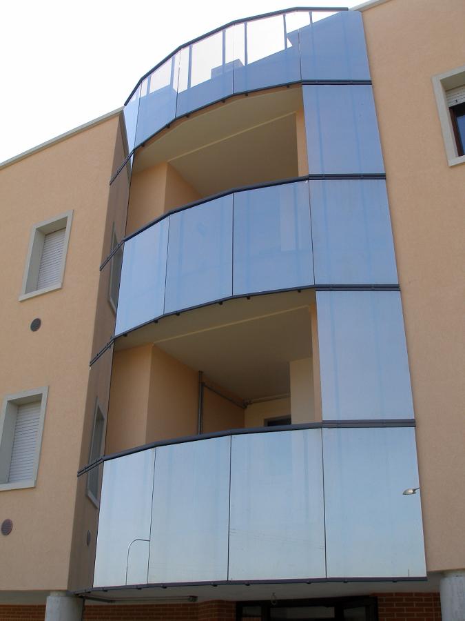 Parapetto alluminio e vetro