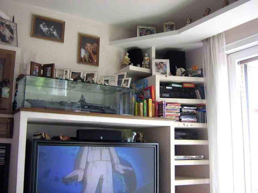 Foto: Parete Attrezzata In una Cucina De M.a.g. Pittura E Cartongessi Di Paol...