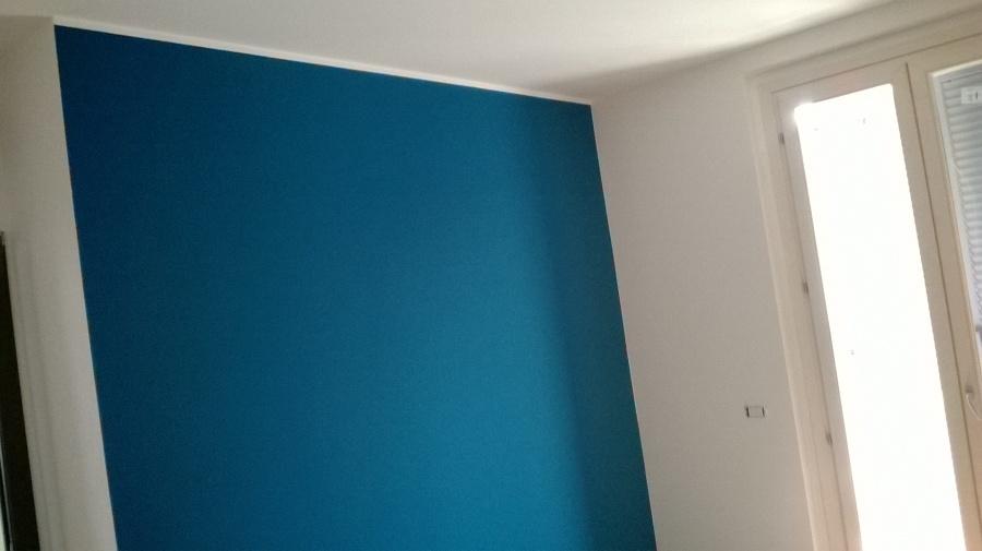 Parete Colorata Salone : Foto parete colorata di imbianca colora