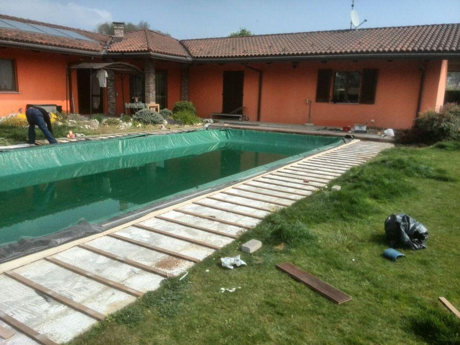 parquet esterno bordo piscina  - solarium