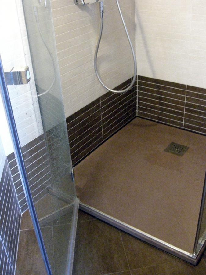 Foto patto doccia in finta pietra ardesia de icis 134625 for Mattonelle finta pietra