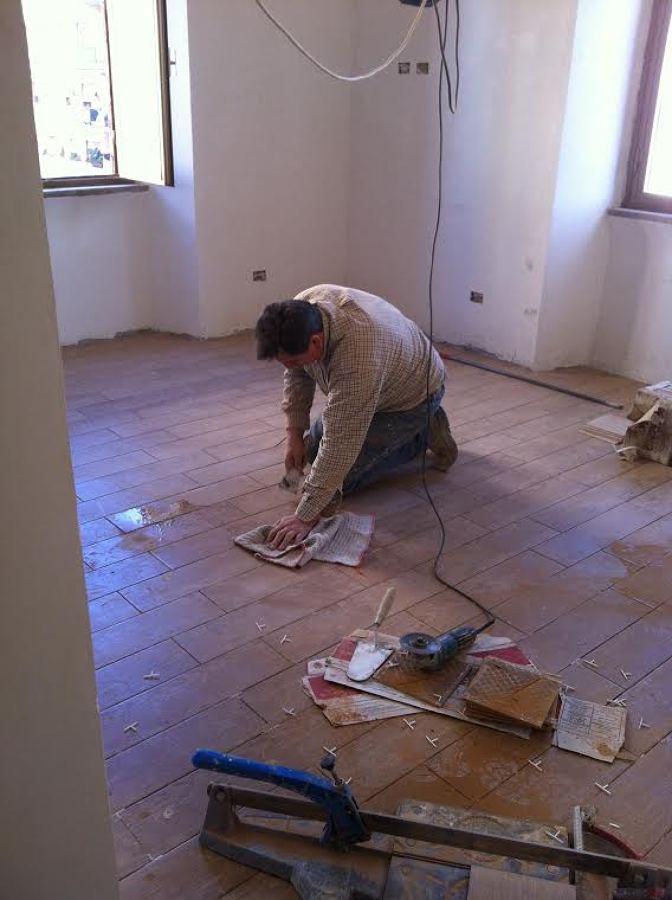 Foto pavimenti di tutti i tipi de la servizi 258626 - Piastrellisti a trieste ...