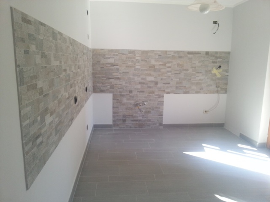 Foto pavimenti e rivestimenti cucina di aramino impresa - Rivestimenti in resina per cucina ...