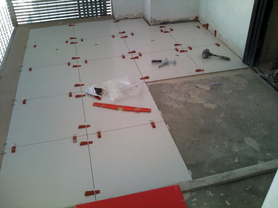 Foto pavimento 60x60 bari di impresa edile parisi 85845 habitissimo - Livellatori per piastrelle ...