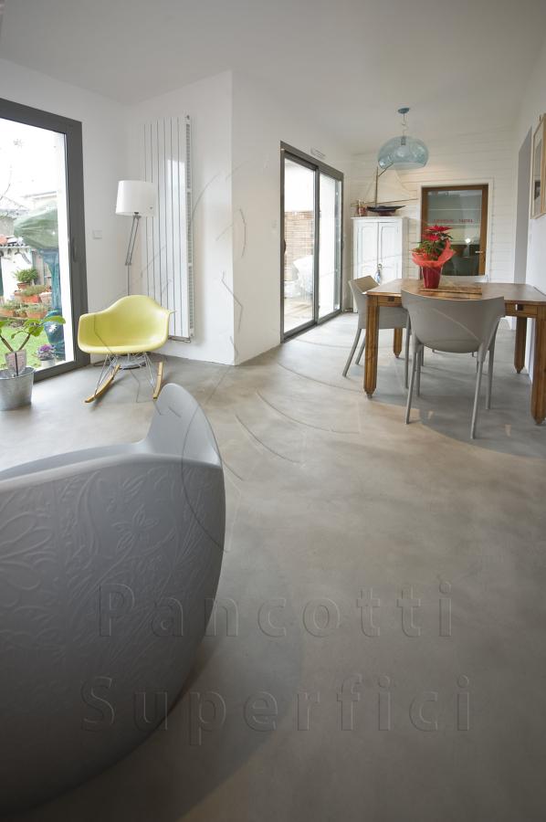 foto pavimento con microcemento di pancotti superfici