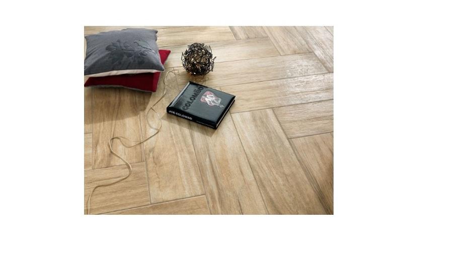 Foto piastrelle in gres porcellanato tipo legno di candian renato 65501 habitissimo - Piastrelle tipo legno ...