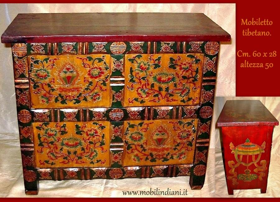 Foto piccolo mobile tibetano dipinto di mobili etnici for Negozi mobili usati trento