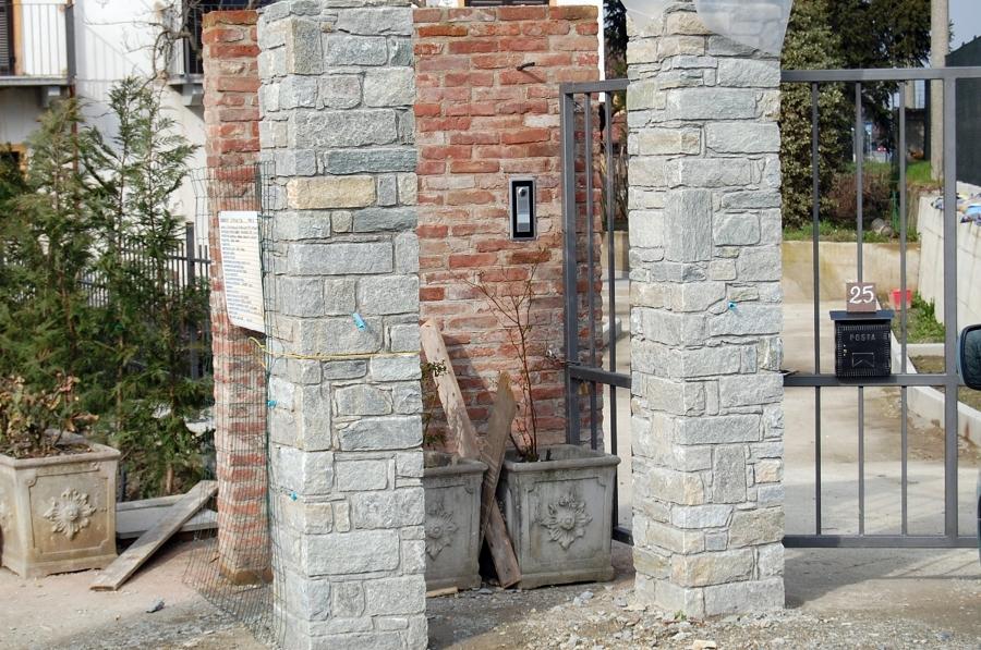 Foto pilastri in pietra naturale di simionalexei 134465 - Rivestimento pilastri esterni ...