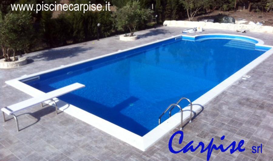Foto piscina a skimmer scala romana idromassaggio con - Piscine idromassaggio prezzi ...