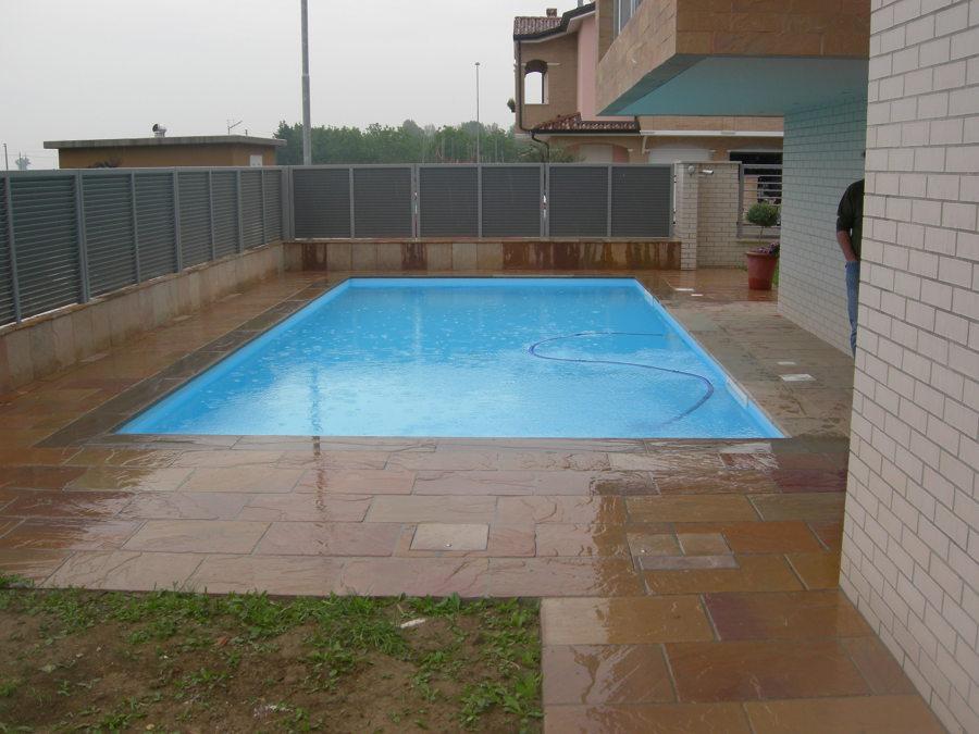 Foto piscina a skimmer sfioratore di bertoli piscine 216745 habitissimo - Piscina skimmer ...