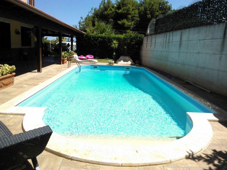 Foto piscina con scala alla romana di tecnoacqua 147679 habitissimo - Piscina comunale ravenna prezzi ...