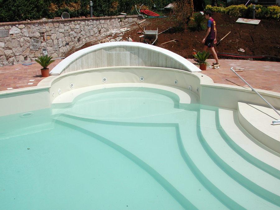 Foto piscina in cemento e pvc di habitat relax piscine di jacques hardy 240099 habitissimo - Piscina mediterraneo taranto ...