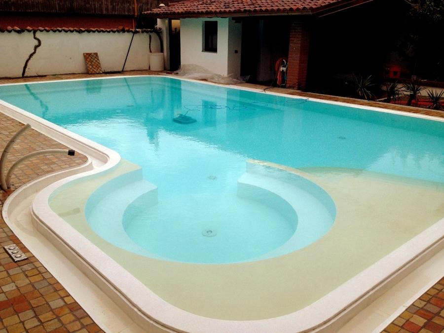 piscina privata nuovo design
