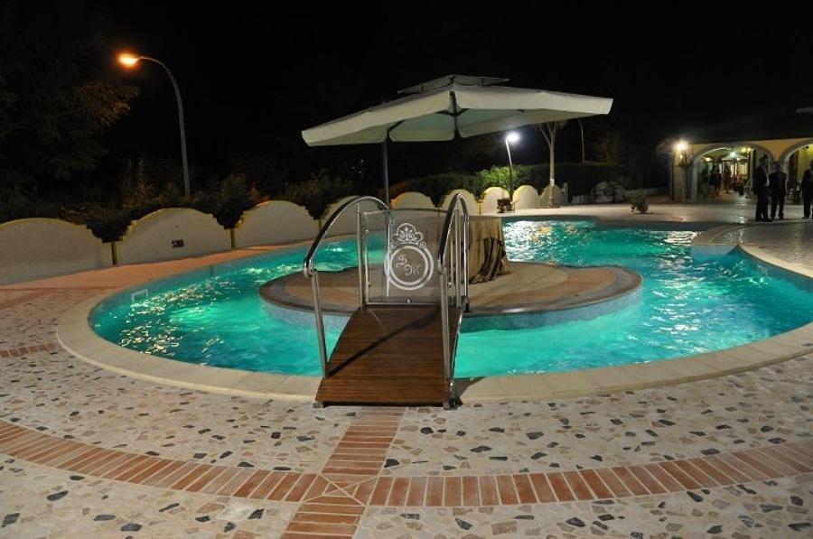 Foto piscina ristorante san michle di interior designer 196255 habitissimo - Piscina mediterraneo taranto ...