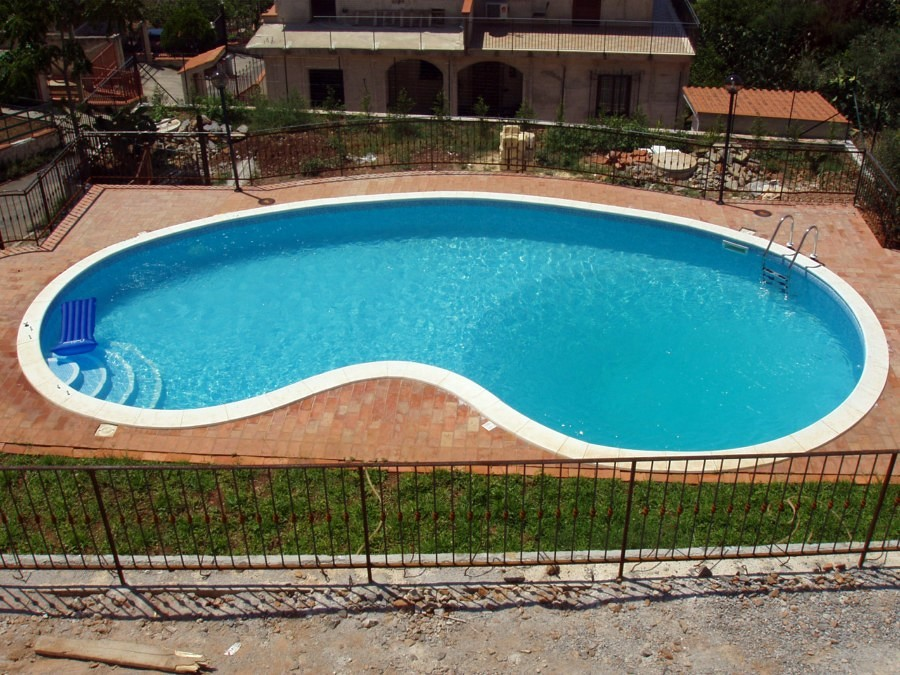 Foto piscine a skimmer a fagiolo di piscine systems 77598 habitissimo - Piscina a fagiolo ...
