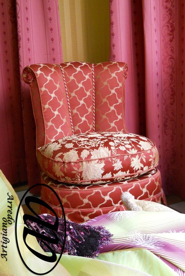 Foto poltrona da camera di arredo artigiano di piselli - Poltrona da camera ...