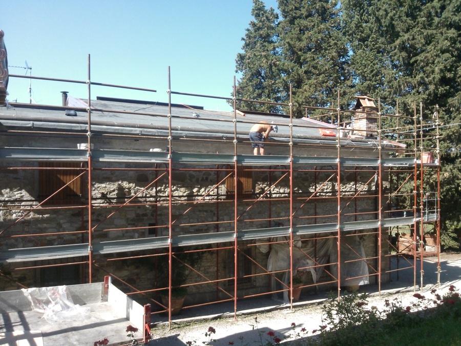 ponteggio per tetto