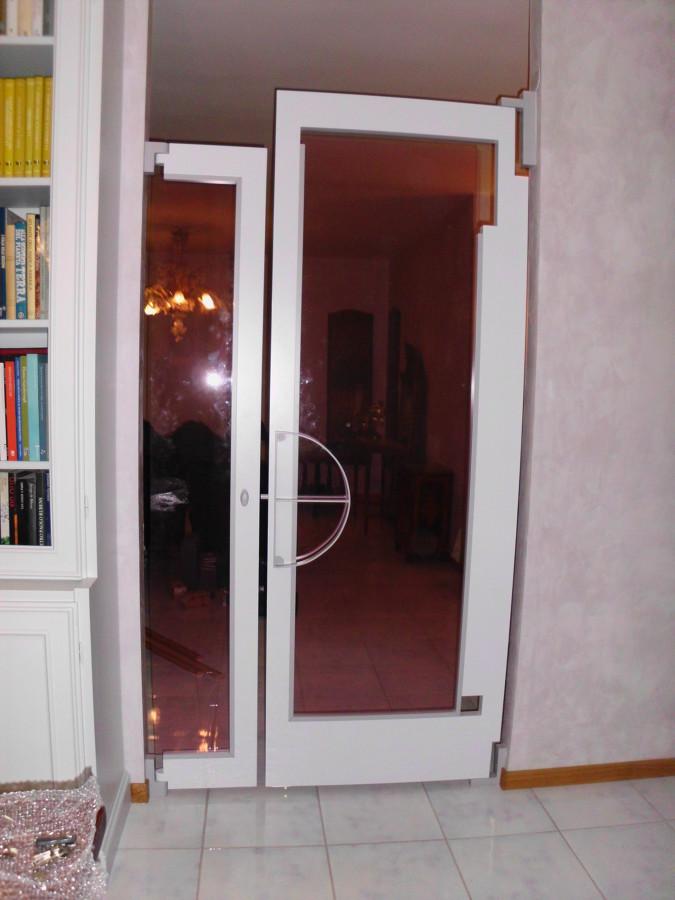 Foto porta asimmetrica di matteo tricarico ditta - Caf porta rimini pesaro ...