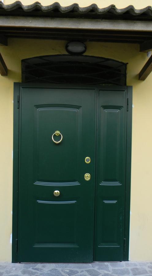 Foto: Porta Blindata da Esterno di Edil Tecno Service - Porte E Finestre #225176 - Habitissimo
