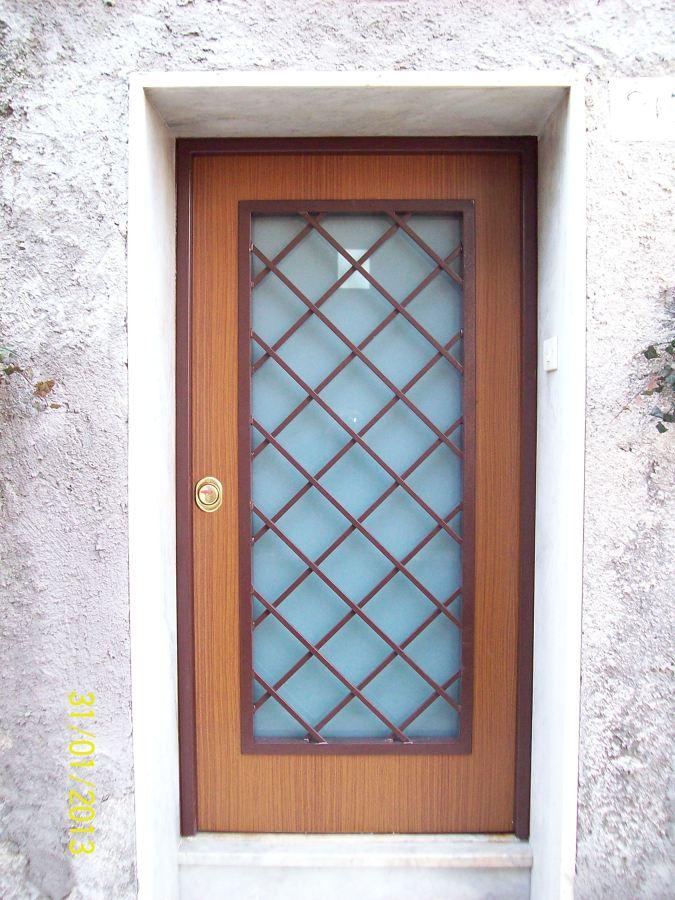 porte blindate usata Il livello di sicurezza delle porte blindate di classe 5 è veramente notevole una porta blindata di questo tipo può essere usata in banche.