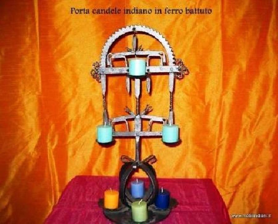 Foto porta candele indiano in ferro battuto di mobili - Porta tv ferro battuto ...