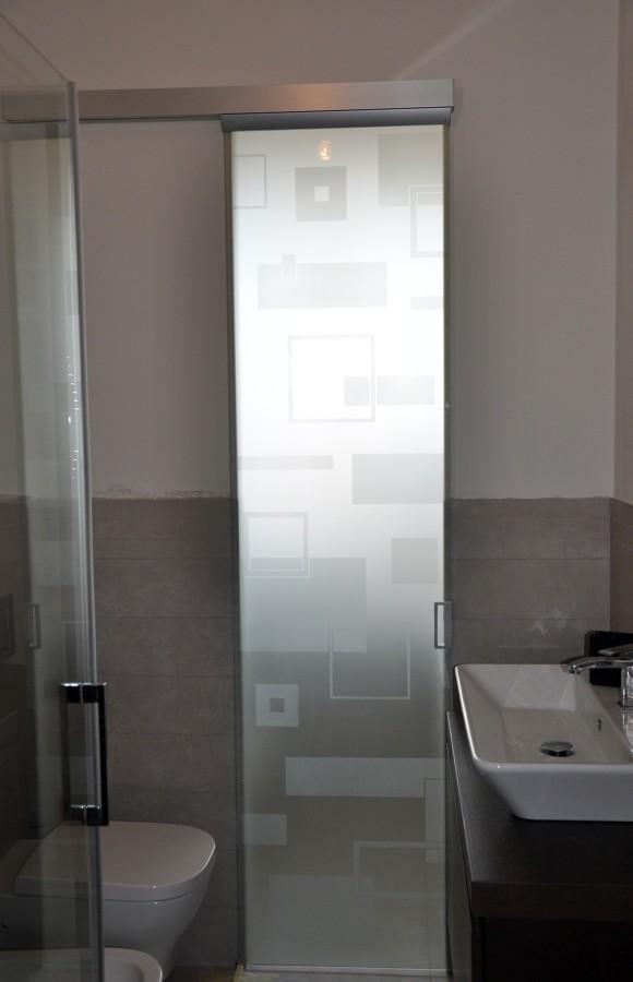 Foto porta cristallo de mazzoli porte vetro 60964 - Porta in cristallo scorrevole ...