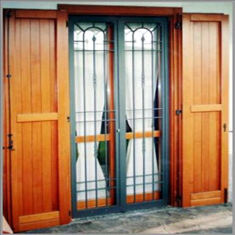 Foto porta e inferriata de gimal snc 48562 habitissimo - Inferriata porta ...